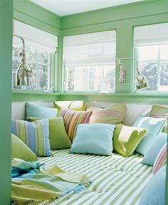This looks like a very cozy reading nook...you can sit, sprawl, lay down...spread out!
