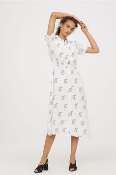 389 best Dresses images on Pinterest   Dress skirt, Formal skirt and ... 60b6220d1038