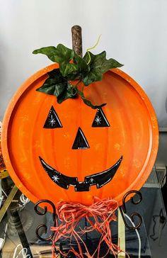 Pumpkin Carving, Halloween, Fall Decorating, Art, Craft Art, Fall Decorations, Kunst, Gcse Art, Fall Displays