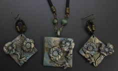 "Annie Weadock op Twitter: ""Photo is of a new pendant set I made for my Fleur de Patina Collection. https://t.co/xouneoGyXy #ImpressionsbyAnnie https://t.co/2kn6vSyj70"""