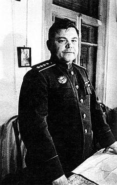 Soviet General Vatutin, Ukraine 1944, pin by Paolo Marzioli