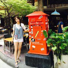 Instagram의 Ssong님: 한시간 연착되구 드디어 도착쿠 -!  여행개시 첫스타트는 람부뜨리로드 #16년여름휴가ver.1 . . #방콕 #방콕여행 #1일째 #카오산로드 #람부뜨리로드 #휴가 #좋아요 #하하