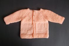 Babbity Baby Jacket Small Premature Baby Size: Width: Length: Tension: = Requires: Around of DK yarn 2 buttons Baby Knitting Patterns Free Newborn, Baby Cardigan Knitting Pattern Free, Baby Sweater Patterns, Knitted Baby Cardigan, Knit Baby Sweaters, Baby Hats Knitting, Baby Patterns, Baby Knits, Free Knitting