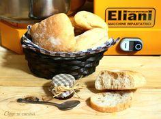 """Ciabattine con lievito madre -Otalian bread """" ciabattine"""" vith sardoug"""