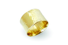 18 ct gold Hammered  Ring. #Handmade #Ring #Jewelry #Gold