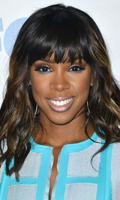 Kelly Rowland -- How beautiful is this woman?!