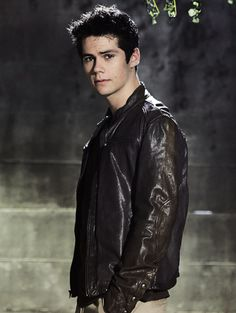 yes yes yes TO THE FUCKING LEATHER JACKET TEEN WOLF GANG STAND UP MY REPUBLIC