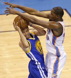 Oklahoma City\'s Kevin Durant (35) defends Golden State\'s Stephen Curry (30) during Game 6 of the Western Conference finals in the NBA playoffs between the Oklahoma City Thunder and the Golden State Warriors at Chesapeake Energy Arena in Oklahoma City, Saturday, May 28, 2016. Photo by Bryan Terry, The Oklahoman