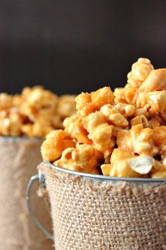 Try Butter Toffee Popcorn Recipe as an awesome snack and to give away for gifts. This is the perfect sweet and salty combination for popcorn. Popcorn Snacks, Popcorn Balls, Gourmet Popcorn, Candy Popcorn, Microwave Popcorn, Butter Toffee Popcorn Recipe, Flavored Popcorn, Crunch N Munch Recipe, Snack Recipes