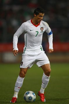 LAUSANNE, SWITZERLAND - MARCH Cristiano Ronaldo of Portugal in action during the International Friendly match between South Africa and Portugal at Olimpico de Lausanne on March 2009 in Lausanne, Switzerland. (Photo by Julian Finney/Getty Images) Cristiano Ronaldo Manchester, Cristiano Jr, Cristiano Ronaldo Junior, Cristiano Ronaldo Juventus, Cristiano Ronaldo Wallpapers, Cristino Ronaldo, Baseball Guys, Football Players, Portugal