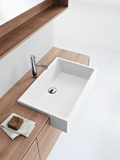 Mobili lavabo | Arredo bagno | Pivot | Minimal | Milldue. Check it out on Architonic  http://www.milldue.com/en/collections/