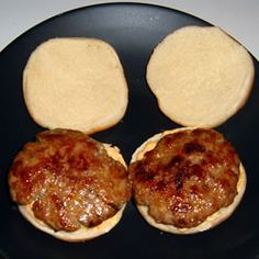 Seasoned Turkey Burgers Recipe – Famous Last Words Ground Turkey Burgers, Best Turkey Burgers, Grilled Turkey Burgers, Turkey Burger Recipes, Ground Turkey Recipes, Meat Recipes, Cooking Recipes, Healthy Recipes, Turkey Burger Seasoning