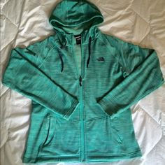 The North Face Mezzaluna Hoodie, Teal, Size Large The North Face Mezzaluna Hoodie. Color is Teal/Aqua. Size Large. In Great Condition. Has very subtle pilling under arms, wrist & pockets from normal wear. Purchased last season. The North Face Tops Sweatshirts & Hoodies