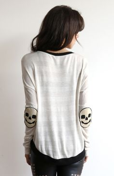 Skulls! I would prefer this in black but still cool!