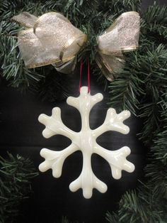 Handcrafted Glass Snowflake Tree Ornament Simplistic and a great way to use up scrap!