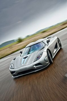 Koenigsegg Agera    www.autoloanforpeoplewithbadcredit.net, wishes you happy Holiday, Merry Christmas and New Year.