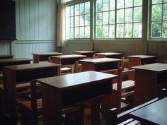 klasa w szkole School S, New Room, Dining Bench, Classroom, Table, Addis Ababa, Furniture, Home Decor, Image