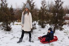 Spending the Weekend in the Snow with Baffin Boots.  Best boots for kids.  Stylish boots for women. #ootd #momblog  sparkleshinylove