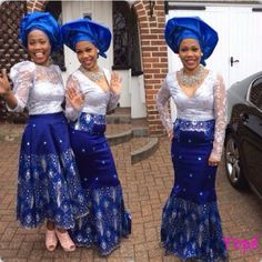 Nigerian wedding blue and white ore-iyawo aso-ebi color combination