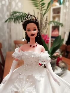 Barbie Miss, Barbie And Ken, Different Dresses, Nice Dresses, Barbie Wedding Dress, Wedding Dresses, Doll Dresses, Flower Girl Dresses, Fashion Dolls