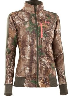 Jacket, witht them wool underneath? Or do I need another layer inbetween of camo?