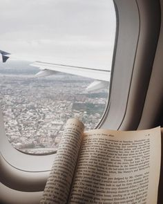 One of my favorite views Book Aesthetic, Travel Aesthetic, Airplane Window, Airplane View, Voyager C'est Vivre, Couple Travel, Foto Instagram, Disney Instagram, Photos Voyages