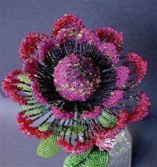Мобильный LiveInternet Невероятно красивые цветы от Mario Rivoli из бисера | s-lana1967 - Дневник s-lana1967 |