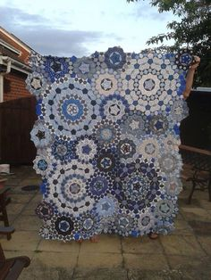 Very pretty paper piecing example. La Passacaglia in blues and whites.