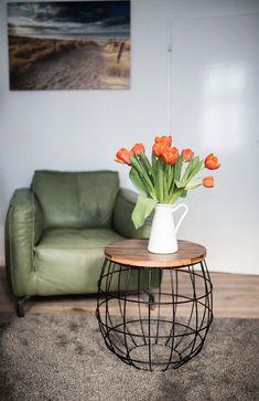 #wohnen #wohnideen #deko #dekoideen #dekoration #einrichtung  #einrichtungsideen #home #living #bild #beistelltisch #blume #sessel # Wohnzimmer #vintage #cage ...