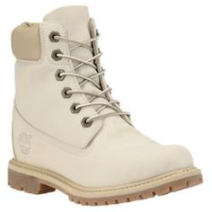 Shop classic Timberland® women's boots - now with an internal wedge to add height.