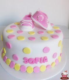 Torta Baby Shower Para Niña. Encuéntranos En Facebook Como Tortas Y  Cupcakes Perfecta Dulzura #