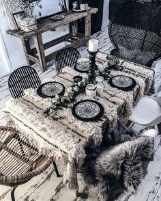 Bohemian # # style # Berber table home decoration handira inlove boheme # Bohemian House, Bohemian Interior, Bohemian Decor, White Bohemian, Bohemian Fashion, Bohemian Style, Art Marocain, Deco Boheme, Interior Decorating