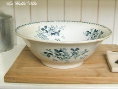 Antique french serving bowl dish - Blue transferware bowl - Vintage Saint Amand white and blue faience earthenware china - Acacia pattern by LaBelleVille on Etsy