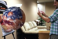 Take an Amazing Solar System Tour with This Mobile Augmented-Reality App