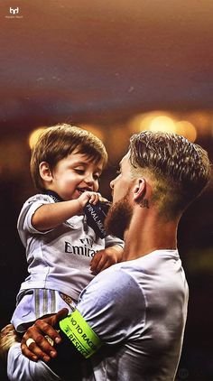 Sergio Ramos and his son Real Madrid Football Club, Real Madrid Players, Best Football Team, Football Boys, Soccer Boys, Isco Real Madrid, Ramos Real Madrid, Neymar, Cristiano Ronaldo Juventus