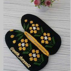 Batik, Pot Holders, Instagram, Color Coordination, Hot Pads, Potholders