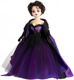 Madame Alexander Dolls - Timeless Beauty Violet Cissy - by Matilda Dolls