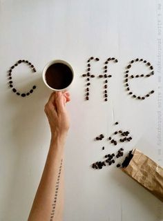 coffee playtime (me and Alice) - A CUP OF - Coffee Recipes Coffee Type, Coffee And Books, Black Coffee, French Coffee, Coffee Girl, Turkish Coffee, Coffee Lovers, Coffee Shot, Coffee Drinks