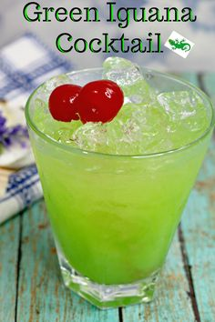 Green Iguana Drink Recipe - Go Green Collections Green Cocktails, Summer Drinks, Cocktail Drinks, Cocktail Recipes, Beach Cocktails, Party Drinks, Fun Drinks, Alcoholic Drinks, Pink Starburst
