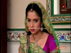 Diya Aur Baati Hum - 1st November 2013 - Full Episode - Video Zindoro http://www.zindoro.com/video/2013/11/01/diya-aur-baati-hum-1st-november-2013-full-episode/