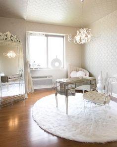 Gorgeous, glamorous room