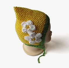 Knit baby pixie hat in yellow -baby pixie bonnet -spring baby hat - No pattern - just idea.