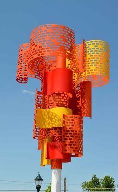 """""""Autumn Leaves"""" by Joshua Goss. Part of the City of Greeley Art Program's 'Uptown Trees' project on Ave. Modern Sculpture, Sculpture Art, Environmental Sculpture, Public Space Design, Stage Set Design, Exhibition Stand Design, Playground Design, Commercial Art, Art Programs"""