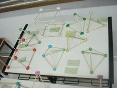 Sólidos geométricos feitos com massinha e palitos de churrasco. Você pode usar canudinhos. Blog Koisikas da Sory ...