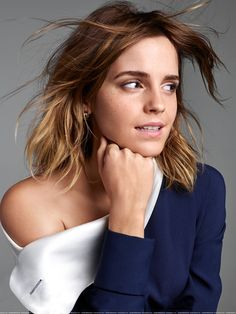 Celebrities who rock Emma Watson extensions Hermione Granger, Emma Watson Beautiful, Emma Watson Sexiest, Hello Beautiful, Harry Potter Film, Daniel Radcliffe, Beautiful Celebrities, Beautiful Actresses, Girl Celebrities