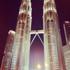 The petroleum twin towers in kuala lumpa Malaysia