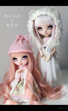 Sisters - Mew & Moon