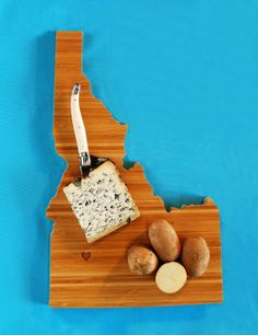 How cool is this Idaho State cutting board? You can get them for any state you want to represent!!