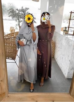 Modest Outfits Muslim, Modest Fashion Hijab, Abaya Fashion, Muslim Fashion, Khaleeji Abaya, Abaya Designs, Hijab Fashion Inspiration, Hijabi Girl, Bff