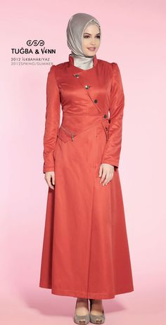 one of the fashion staples of turkey is the pardesu, which is like a trench coat, but much more trendy Turkish Fashion, Islamic Fashion, Muslim Dress, Hijab Dress, Modest Fashion, Hijab Fashion, Moslem Fashion, Smart Outfit, Hijab Chic